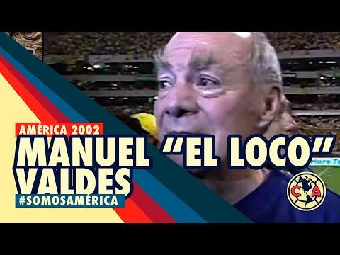 """Manuel """"El Loco Valdés"""" festejando el campeonato de América en 2002. Un americanista de corazón"""