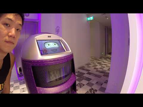 Yotel Review Singapore Orchard Stalk Robot
