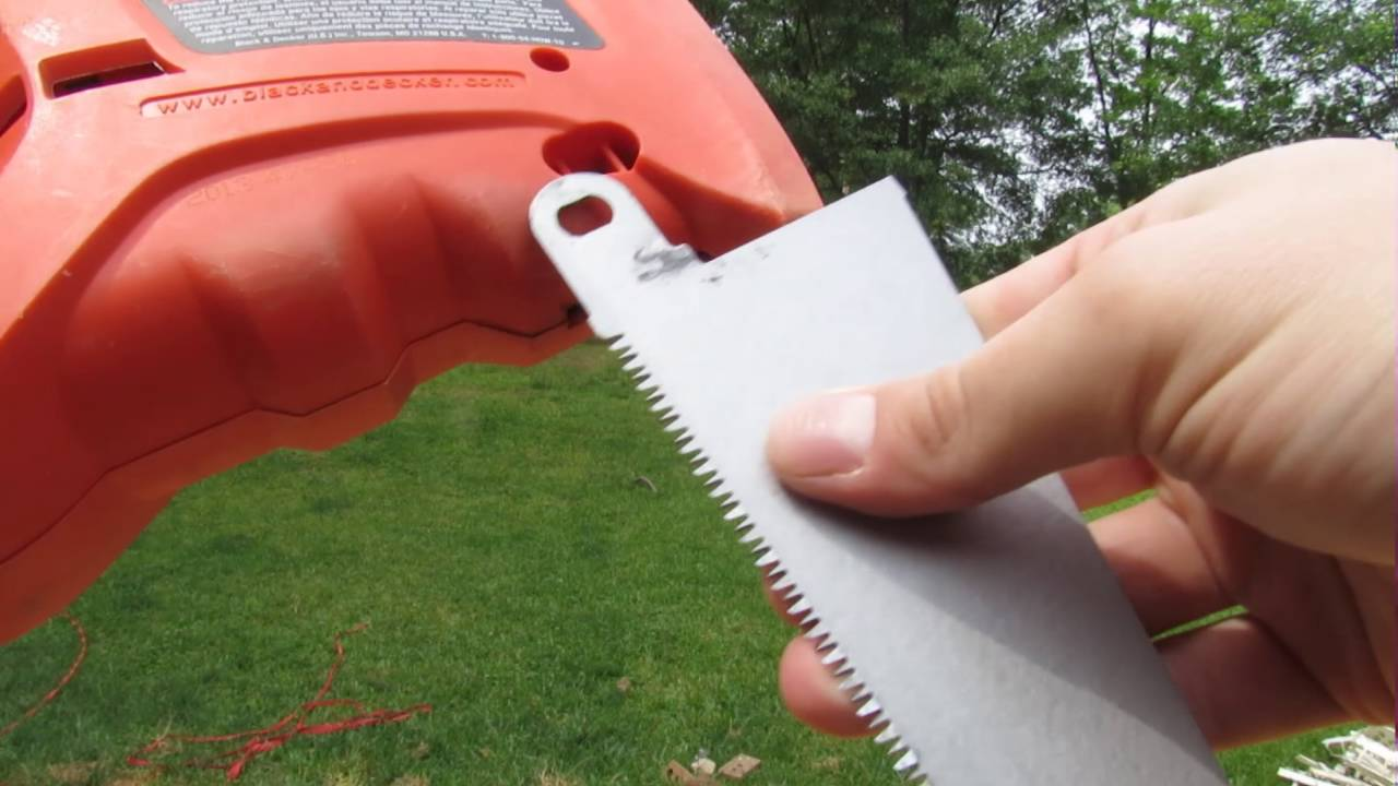 How to attach blade to black decker power handsaw youtube how to attach blade to black decker power handsaw keyboard keysfo Gallery