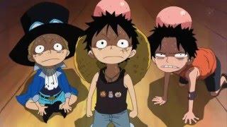 One Piece - Garp Golpea A Luffy , Ace y Sabo