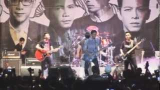Download lagu Noah - Singkawang Kalbar - Surya Pro Mild Tour 2012