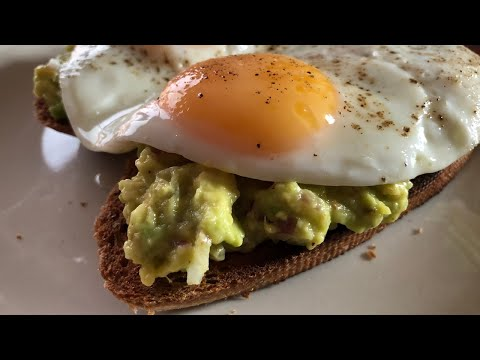Avocado Toast With Sunny Side Egg