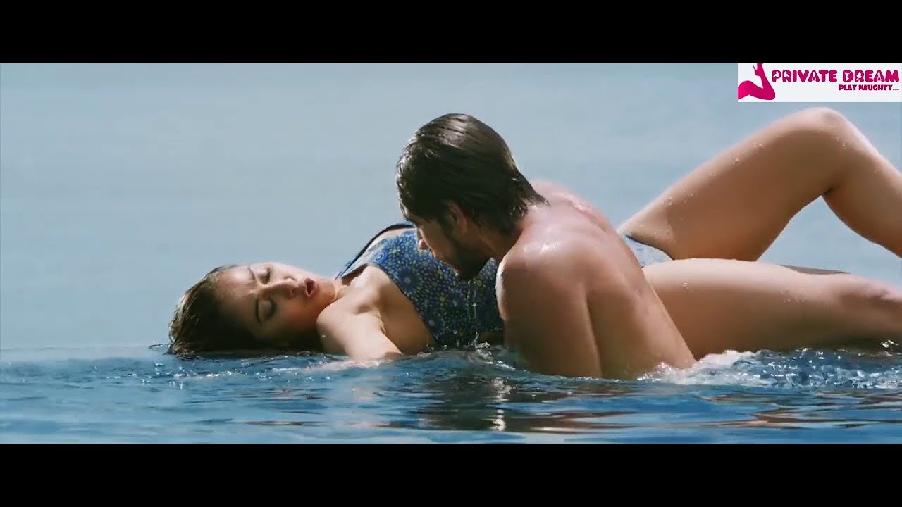 Mr Chandramouli Remixed Regina Very Hot Bold Bikini Song -2742