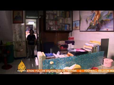 Thai woman faces jail term for criticising monarchy