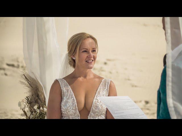 Romantische bruiloft op het strand. Irma & Edwin.