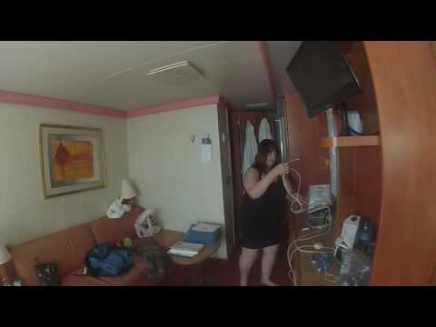 Carnival conquest aft balcony 7449 youtube for Balcony translate