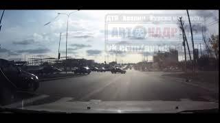 Серьезная авария на Клыкова: один из участников успел снять последние секунды перед столкновением