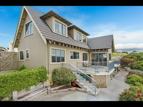 1 Highgrove, St Clair, Dunedin - Proudly marketed by The Columbs