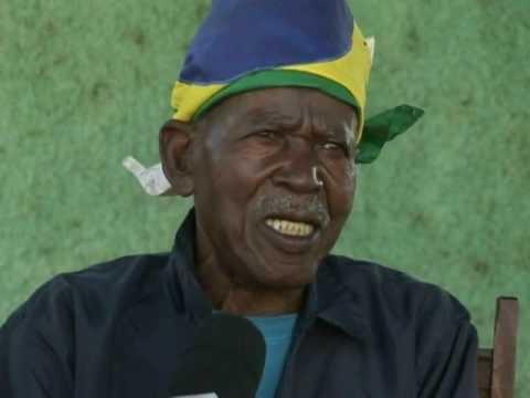 Idoso de 97 anos conduz tocha olímpica em Dourados