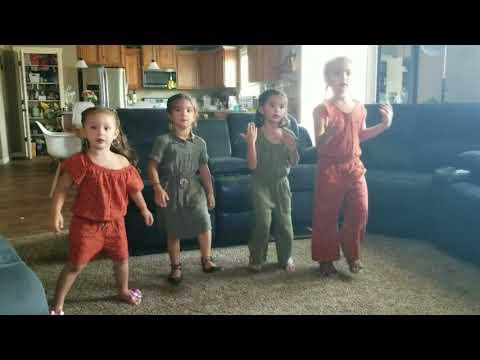 Just Dance 4 girls Sisters Swish Swish