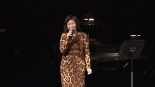 Gambar cover Tuan Ngoc - Tran Thu Ha - Live In Concert