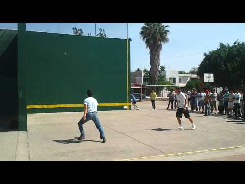 Tejuinero vs Local en Torneo de Fronton