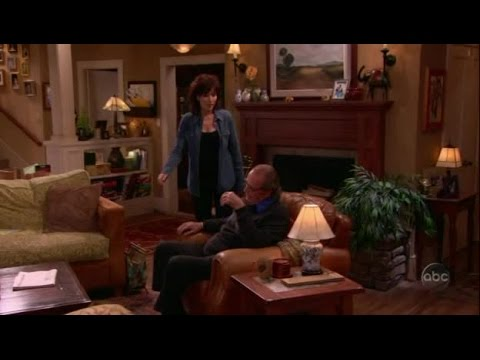 8 Simple Rules S3E22   The Teachers Lounge