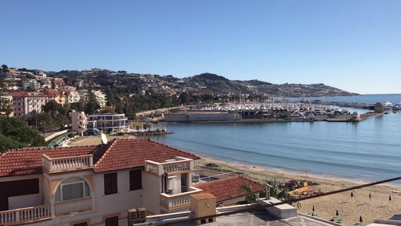 Купить дом в пяти километрах от моря и центра курортного города сан-ремо на побережье лигурии в италии. Дом имеет площадь 200 кв. М и состоит.