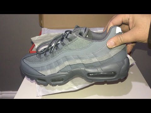 nike-air-max-95-essential-cool-grey-/-cool-grey-cool-grey-unboxing-and-on-feet