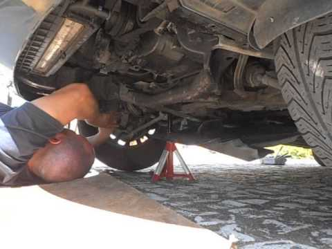 2000 BMW E39 523i - Steering - Jacking, prepping and pre-diagnosing play in the steering assembly.