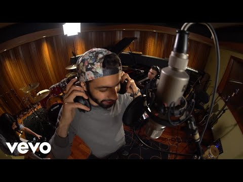 Molham, Hasan Malik - Find My Way (Bel Sodfa With Red Bull)