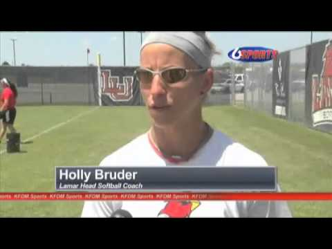 Lady Cards Softball ready for SLC Post Season