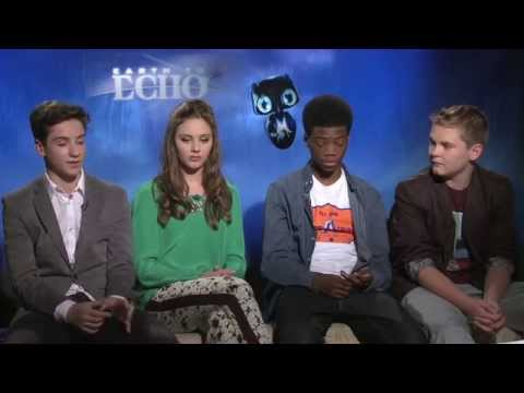 Teo Halm, Ella Wahlestedt, Astro & Reese Hartwig: EARTH TO ECHO
