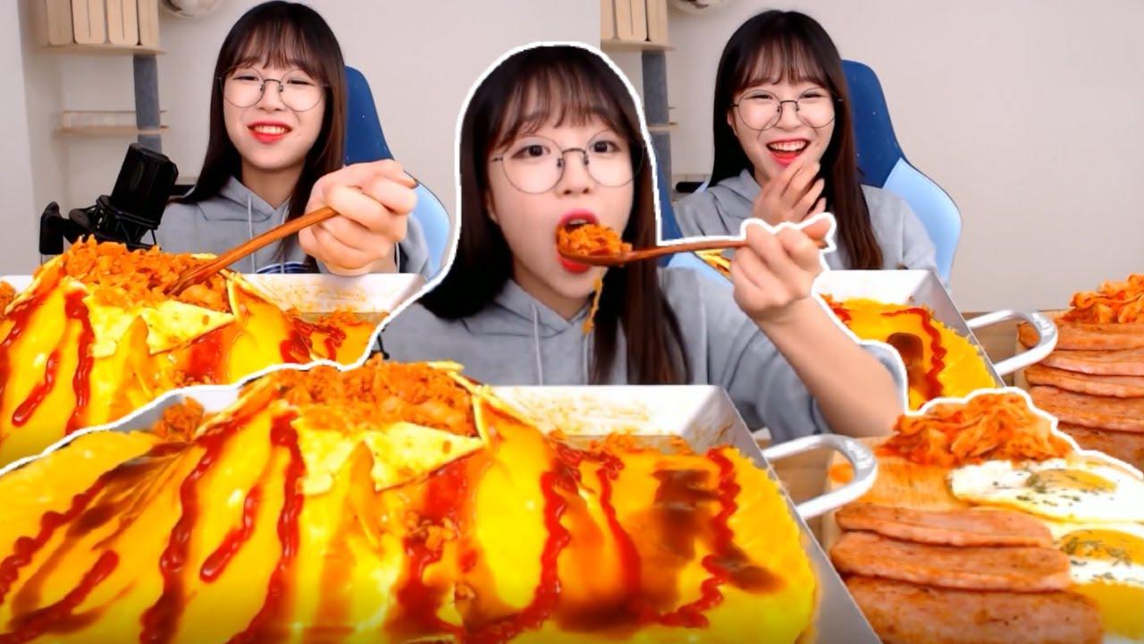 Tzuyang Made King Omurice Then Ruin It Haha! Monstrous Omurice Korean Mukbang Show