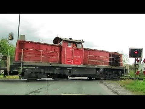 Emden Zug Eisenbahn Güterzug Freight train Hafenzug Port train railroad DB Deutsche Bahn Germany