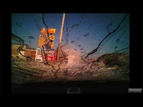 千葉県旭市 走行中の車を襲った津波【視聴者提供映像】