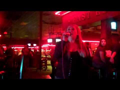 E.T. Katy Perry (Karaoke)