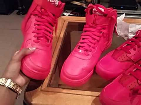 All Red Nike Huaraches Sneakers 10 21 - YouTube 0049cfcc7