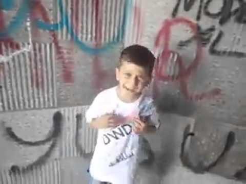 Küçük Çocuğun Müthiş Arabesk Rap'i