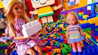 Барби и Штеффи потеряли мишку на Мультимире. Батуты, Лего, Куклы и развлечения для детей
