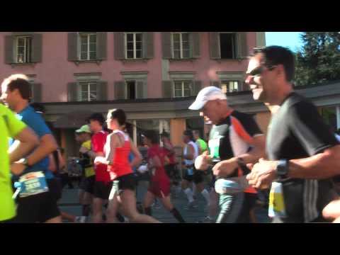 19. Jungfrau-Marathon bei km 3,5 in Interlaken — 10. 09. 2011