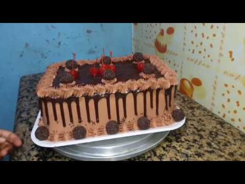 Decorando Bolo Com Chantilly De Chocolate Ganache E Brigadeiro