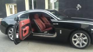 Rolls-Roycе за 20 миллионов рублей разбили в Петербурге из-за собаки
