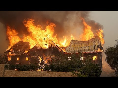 """California wildfires: """"Diablo winds"""" kill at least 10 people, destroy 1,500 homes"""