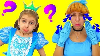 Crying Mommy Princess - Princess's Daughter Elsa can't figure out WHY?!!