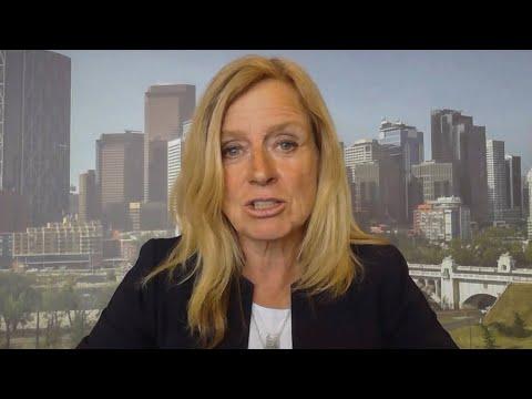 'Whole gov't went dark': Notley on Alberta handling COVID-19