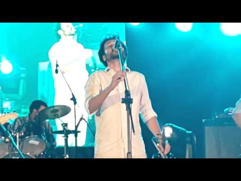 Old School - Aakash Eto Meghla (আকাশ এতো মেঘলা) [Live at BUET] [06-12-2015]