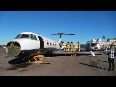 Mesa firefighters train on cutting into Gulfstream jet I