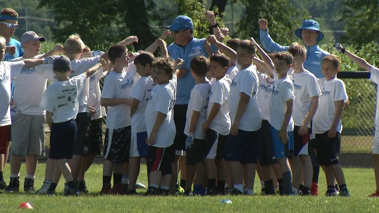 84d2f12a Detroit Lions Host Football Camp For Kids in Lake City – MI News 26 ...