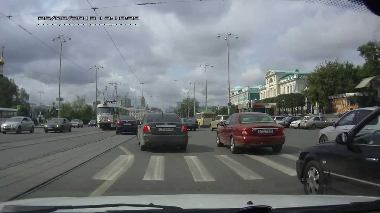 Первое ДТП. Экстренный выпуск - Дневники Lada Vesta - YouTube