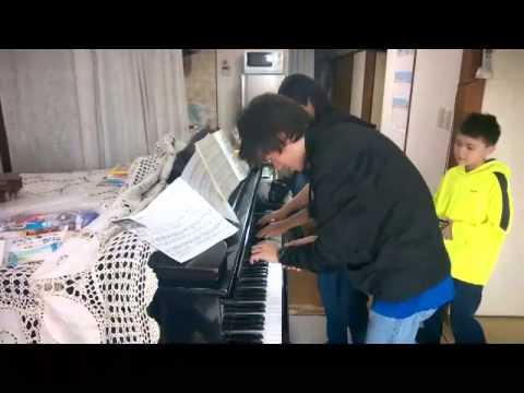 Piano duet - Neko Funjatta (The Flea Waltz)
