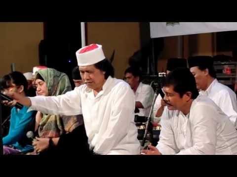 Tombo Ati versi Minang - Cak Nun & Kiai Kanjeng