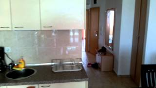 Отдых в Болгарии - номер в гостинице, цена, сервис(Видео обзор гостиничного номера в Болгарии ( курорт Солнечный Берег). Отель Julia. Как видите в номере есть..., 2014-06-25T17:55:57.000Z)