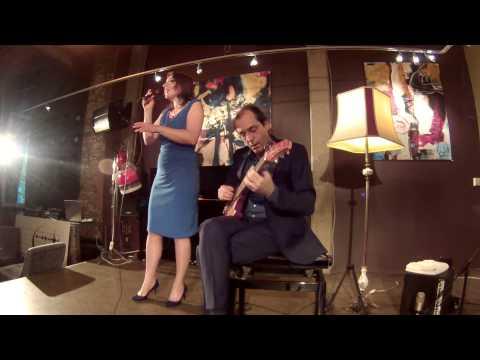 """In love in vain"" played by Schwickerath & van den Heuvel"