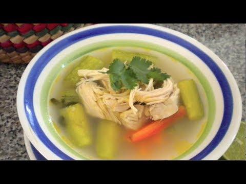 Como hacer consome de pollo con verduras