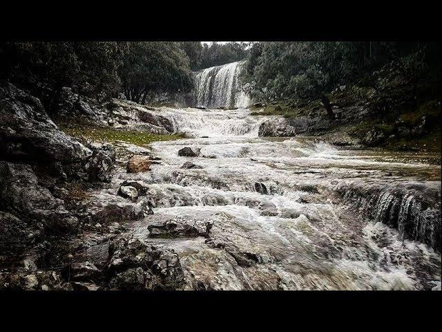 VÍDEO: El agua toma los parajes naturales de la Nava de Cabra y Las Chorreras