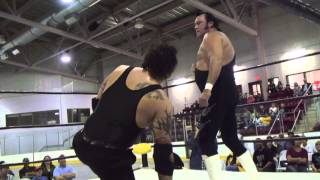 THE HONKY TONK MAN VS GIANT DARKO