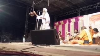 Khaibar Fakir sings at Garia