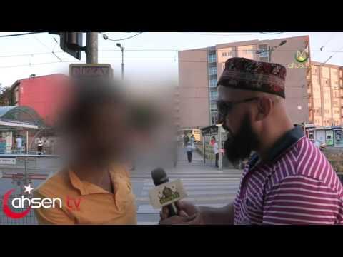 Ahsen TV Muhabirini Trolleyen Çocuk Thug Life :)