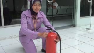 Cara Menggunakan APAR (alat pemadam api ringan)